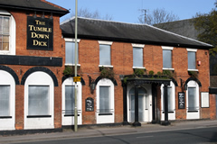 The Tumbledown Dick, Farnborough